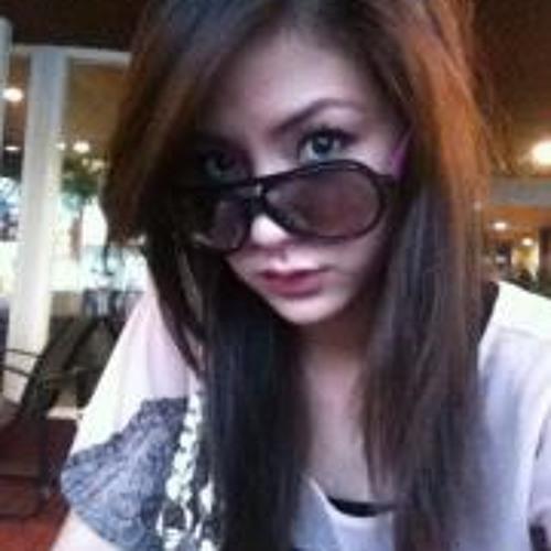 Kim Junelyn's avatar