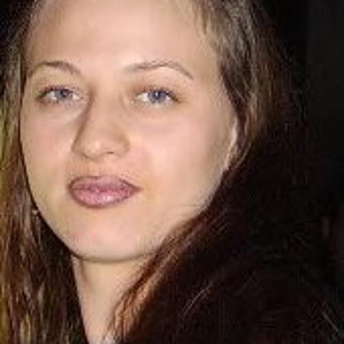 Tiffany Perez 5's avatar