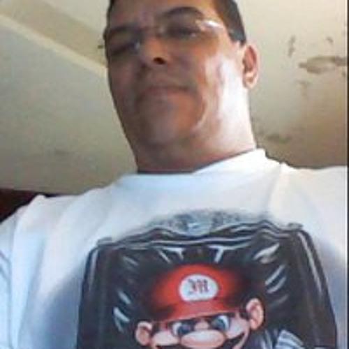 Gabriel De Moya Despradel's avatar