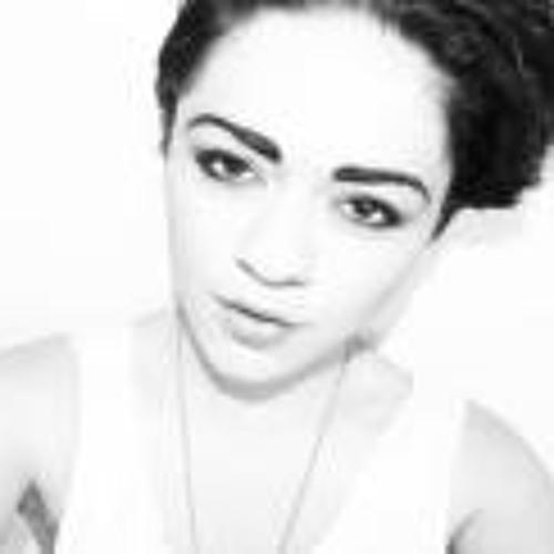 Beccy Sylvarna Shaw's avatar