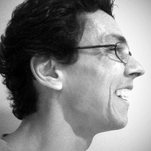 Carlos Perruci Faria's avatar