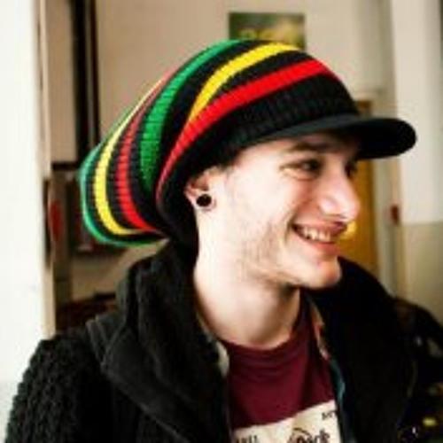 Luca Jonathan Pristed's avatar