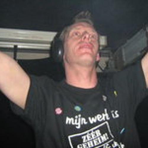 Marchel de Waard's avatar
