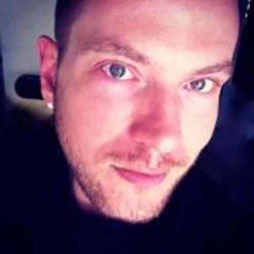Daniel Latham 2's avatar