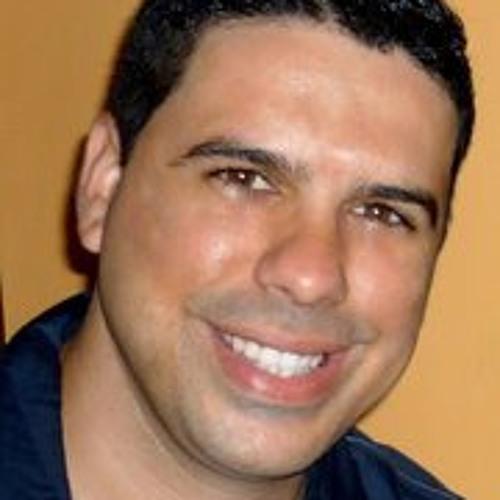 Raphael Aguelas's avatar