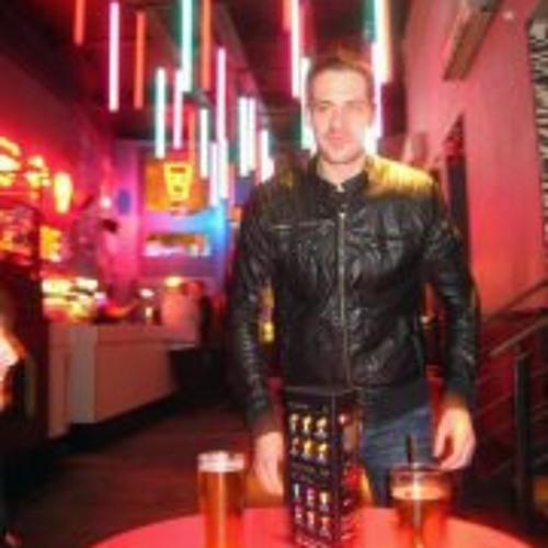 Chris Hughes 20's avatar
