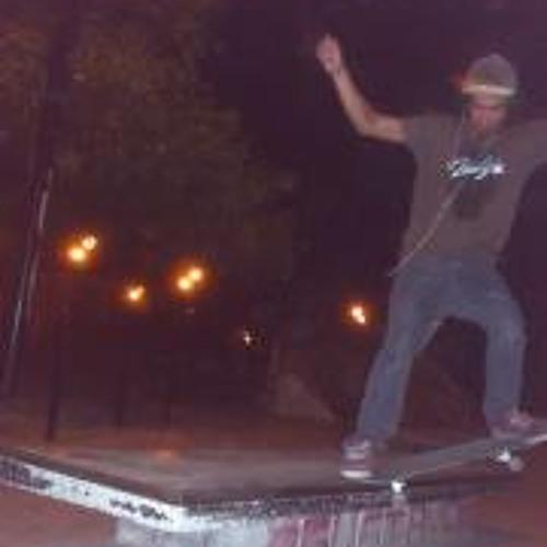 Gustavo Diaz 11's avatar