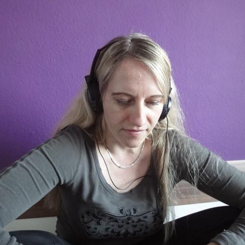 Yessy Subbotnik's avatar