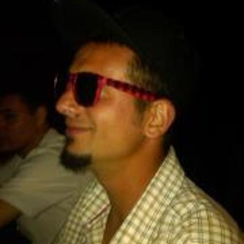 Daniel Manescu's avatar