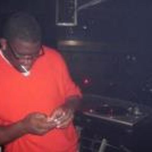 DJ GOLDFINGER's avatar