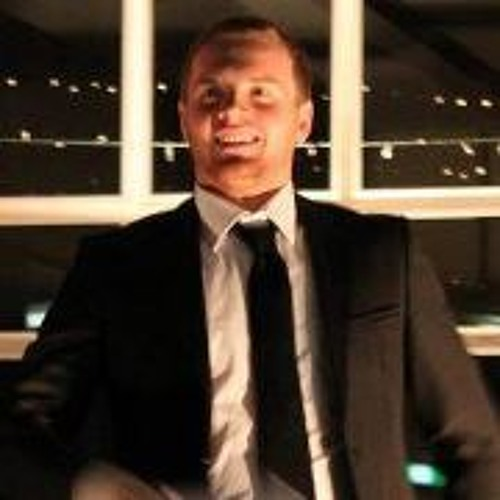 Simon Love's avatar