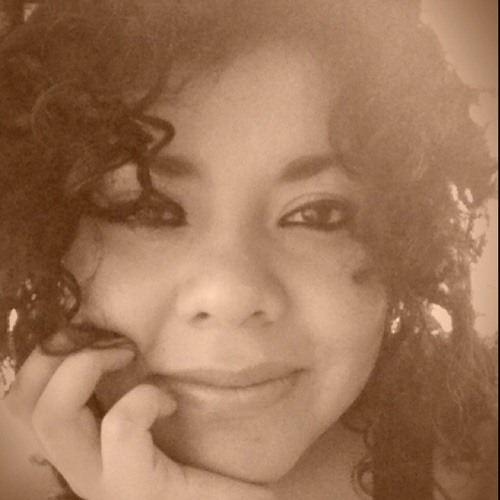 Thania Sotres's avatar