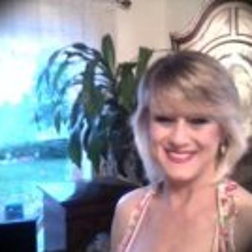Valerie Hoover's avatar