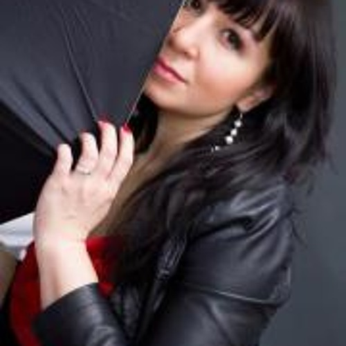 Elena Noviskay's avatar
