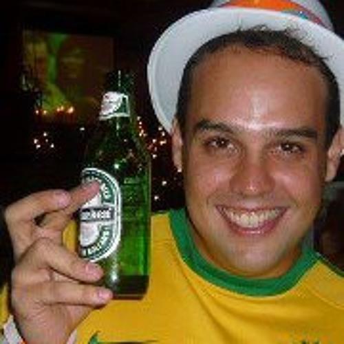 Saulo Araújo's avatar