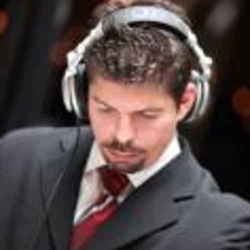 Pedro Maza's avatar