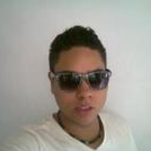 Daniel Cadavid's avatar