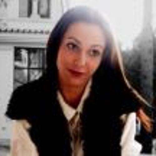 Catarina Tamankira's avatar