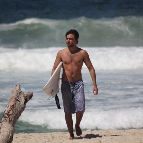 Tacio Rodrigues's avatar