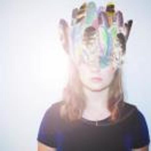 Claire Isabel Drummond's avatar