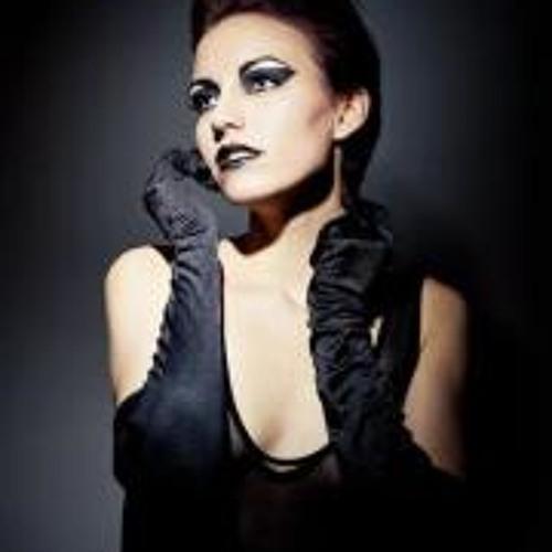 Leah Slater's avatar