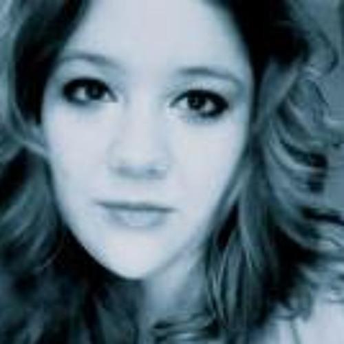 Gabrielle Helmin-Clazmer's avatar