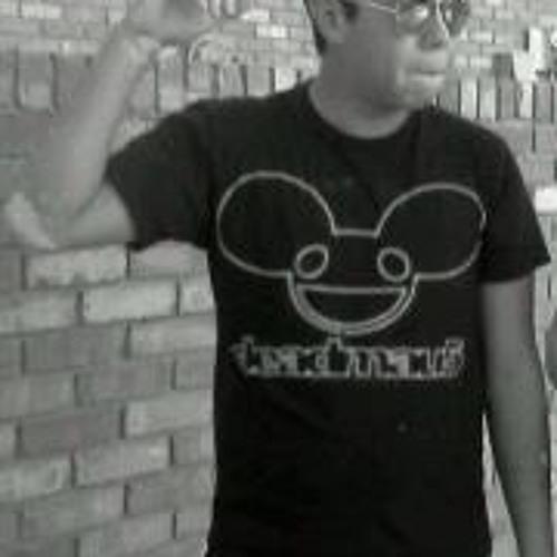 Roberrt Molina's avatar