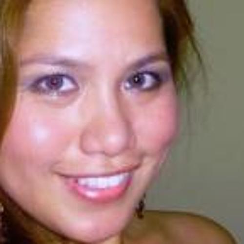 Chari Williams's avatar