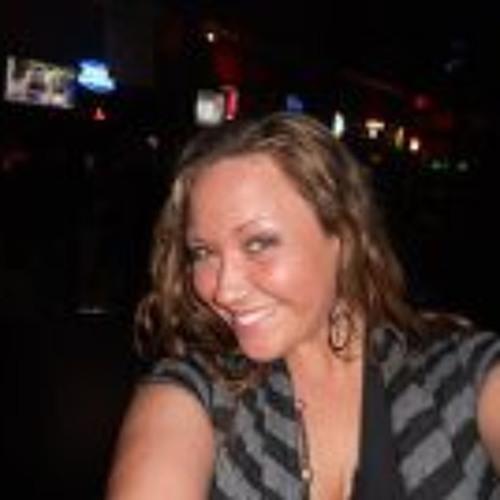 Amanda Hart 1's avatar