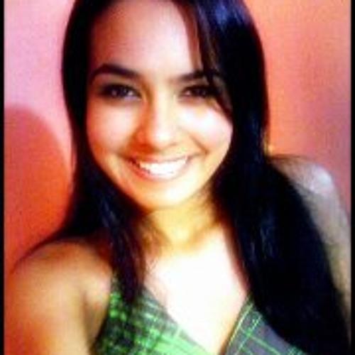 Natali Fernandes's avatar