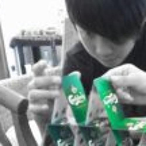 Simon Chuah's avatar