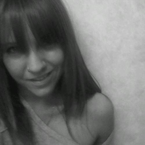Miss_Nic's avatar