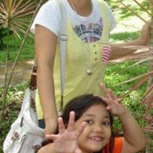 Charmaine Zoleta Salazar's avatar