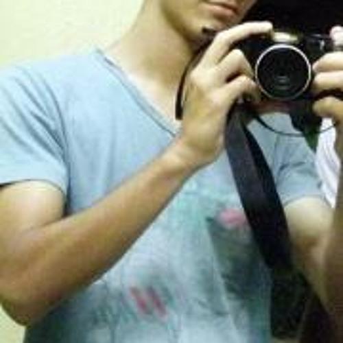 Lucas Tavares 4's avatar
