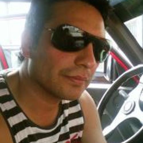Claudio González Neira's avatar