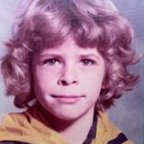 Daniel Armstrong 7's avatar