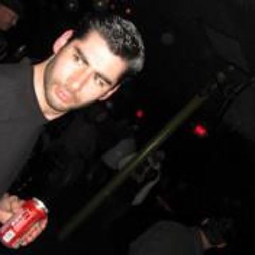 Julio A Guevara's avatar