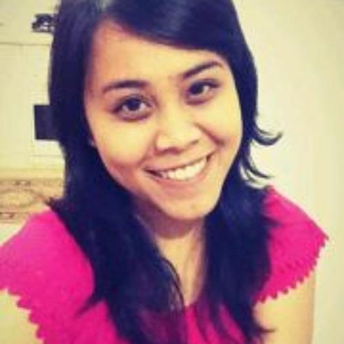 Tika Rusdi's avatar