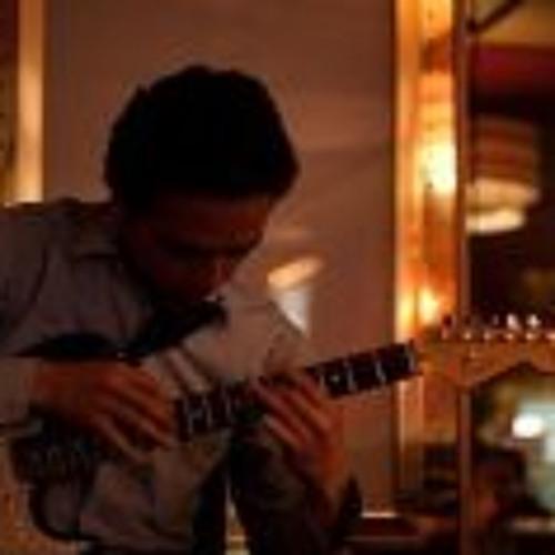 Alejandro Zuluaga's avatar
