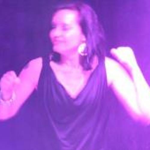 Esther van Ostaden's avatar