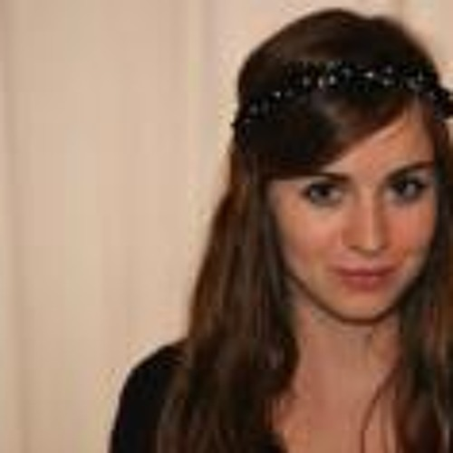 Elise Roux's avatar