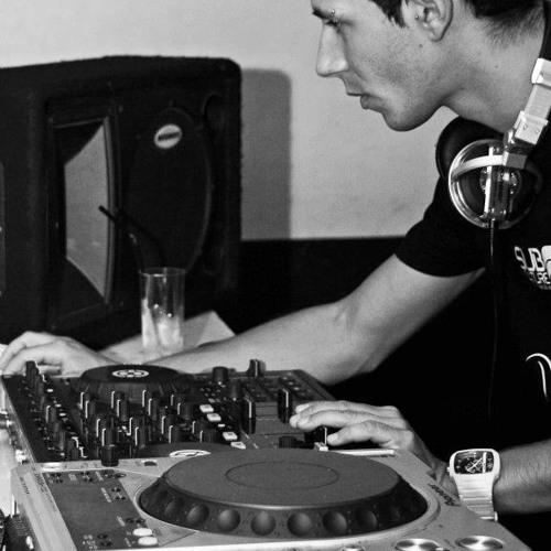 DJ HUGO MACHADO's avatar