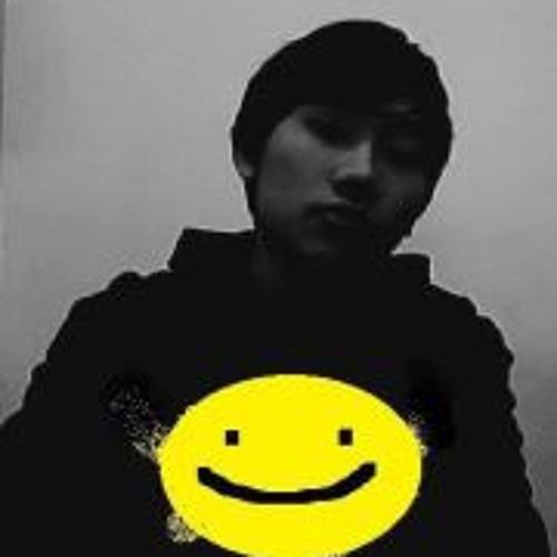 Tsheten Tolly's avatar