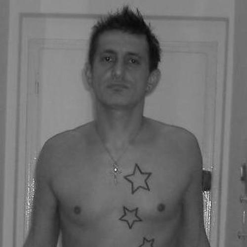 Giuseppe Commentale's avatar