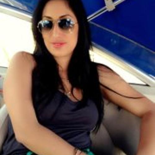 Shani Fadida's avatar