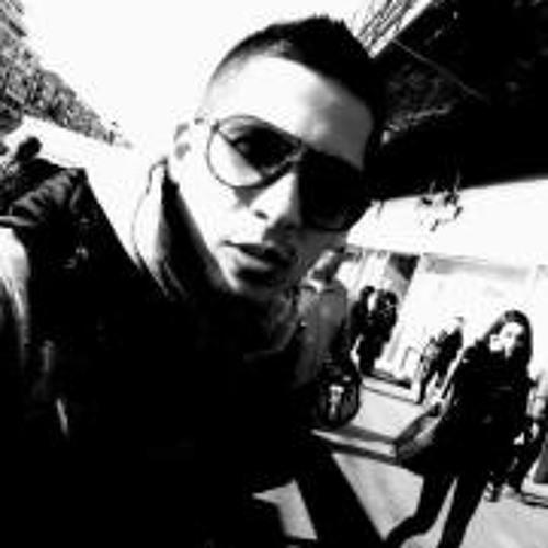 Daniel Toader 1's avatar