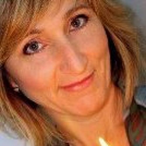 Rachel Kamps's avatar