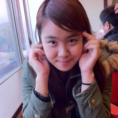 Evelyn Serikbeyav's avatar