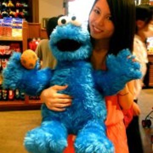 Clara Chan 2's avatar