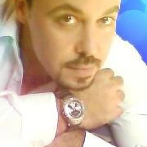 Salah Aly's avatar